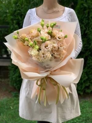 Букет 9 персиковых эустом - заказ и доставка цветов Киев