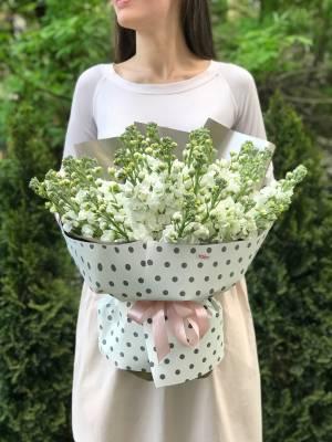 Букет 21 белая маттиола - заказ и доставка цветов Киев