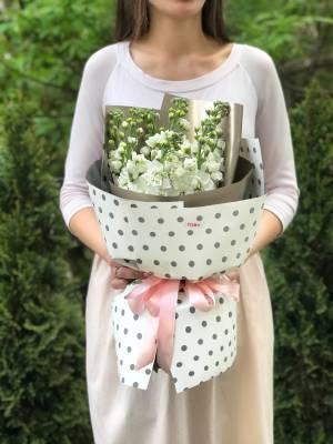 Букет 7 белых маттиол - заказ и доставка цветов Киев