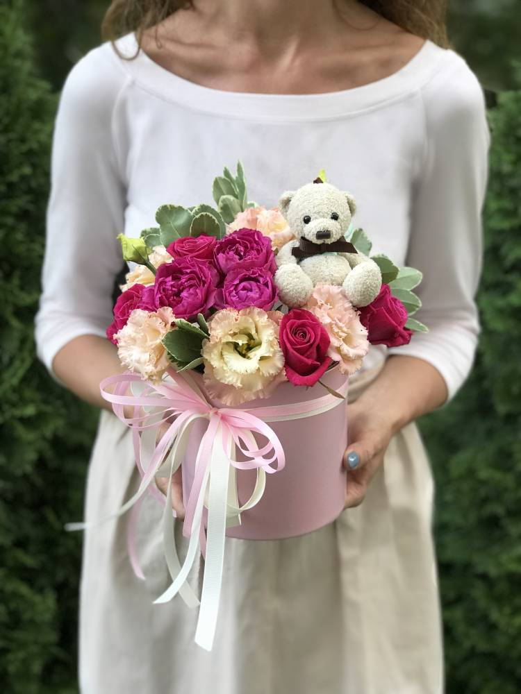 """Цветы в коробке """"Всем сердцем..."""""""