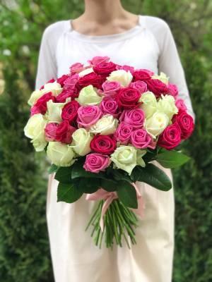 Букет 101 роза микс - заказ и доставка цветов Киев