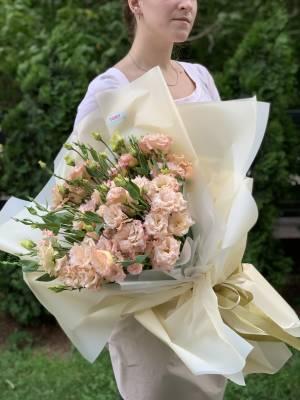 Букет 21 пудровая эустома - заказ и доставка цветов Киев