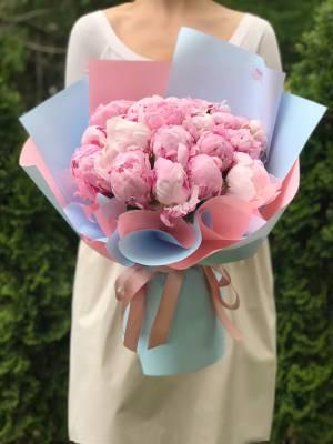 Букет 21 розовый пион - заказ и доставка цветов Киев