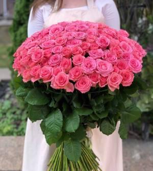 Букет 201 коралловая роза - заказ и доставка цветов Киев