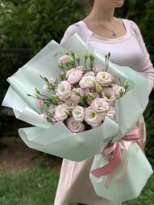 Букет 15 бело-розовых эустом - заказ и доставка цветов Киев
