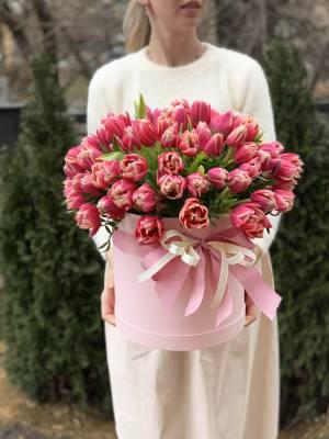 101 розовый пионовидный тюльпан в коробке - заказ и доставка цветов Киев