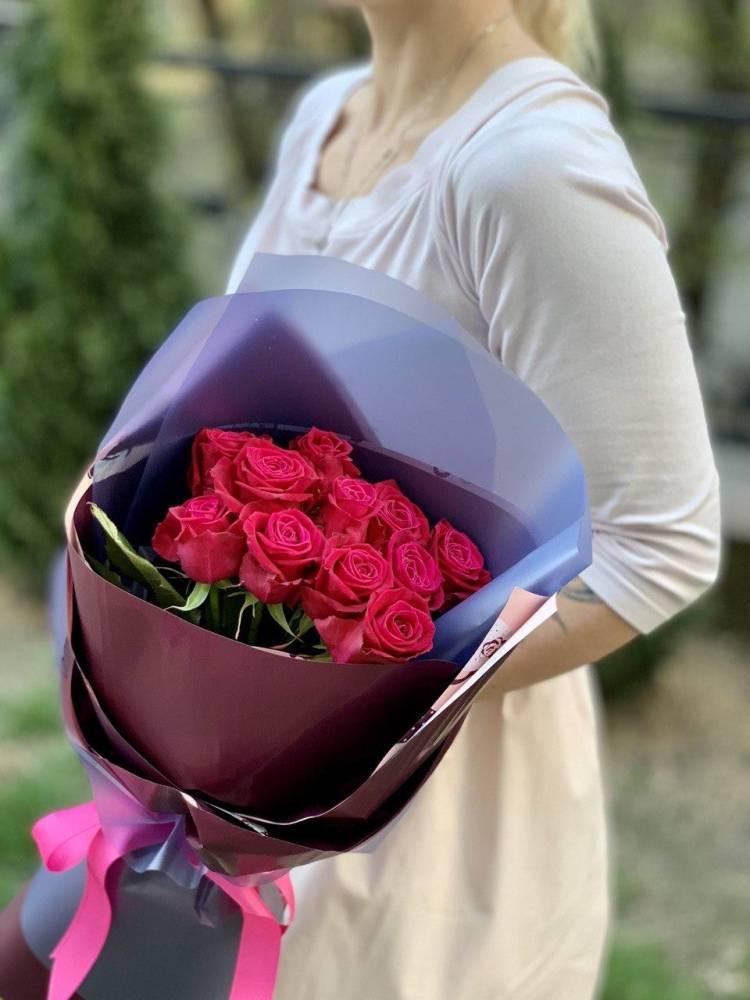 Букет 11 малиновых роз