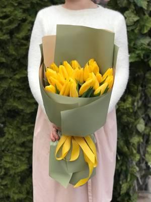 Букет 25 желтых тюльпанов - заказ и доставка цветов Киев