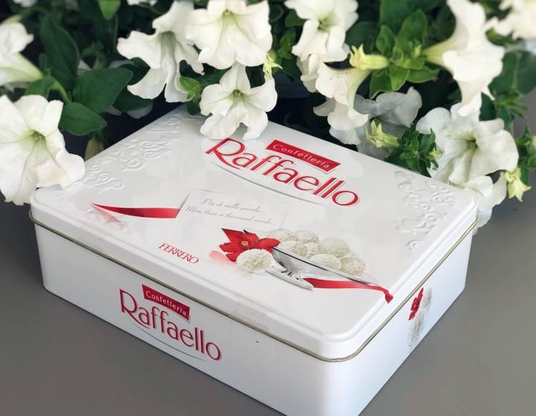 Конфеты Raffaello, 300гр