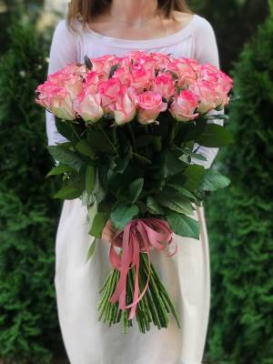 Букет 51 роза Джумилия - заказ и доставка цветов Киев