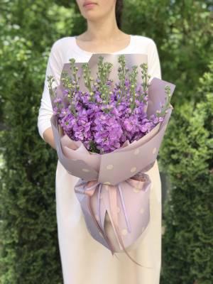Букет 15 лиловых маттиол - заказ и доставка цветов Киев