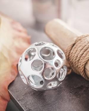Декоративный шар серебряный S - заказ и доставка цветов Киев