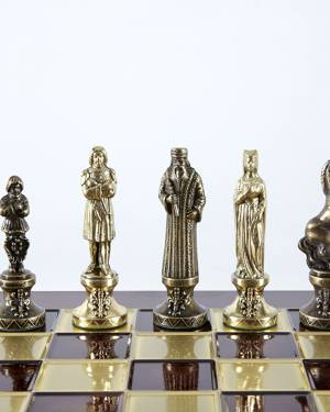 Шахматы в стиле Ренесанс, красная шахматная доска - заказ и доставка цветов Киев