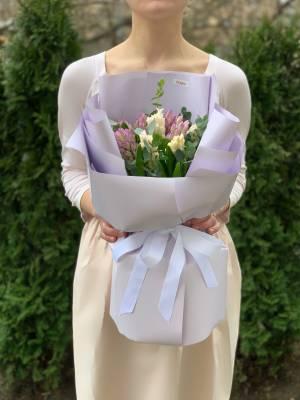 Букет 11 гиацинтов микс - заказ и доставка цветов Киев
