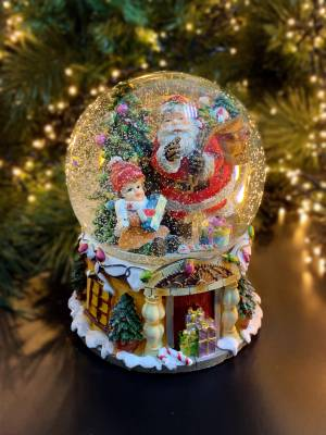 Музыкальный снежный шар Санта - заказ и доставка цветов Киев