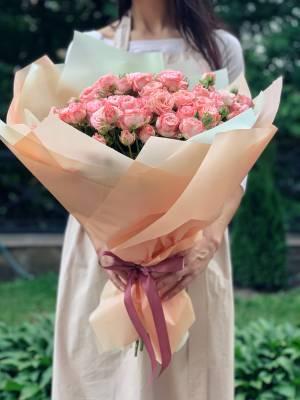 Букет 21 роза спрей розовая - заказ и доставка цветов Киев