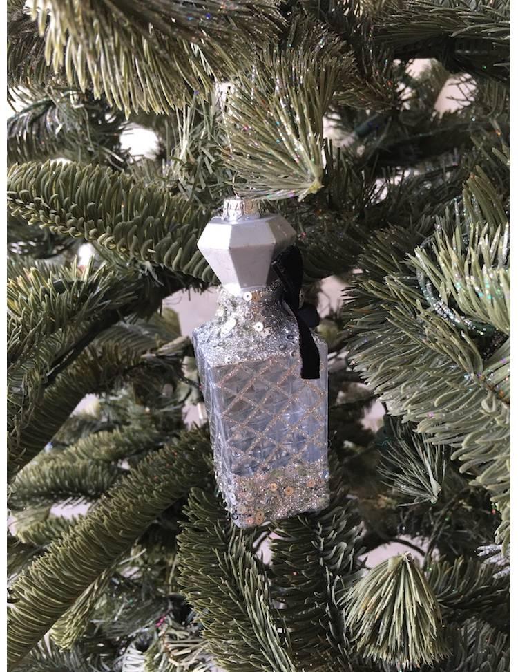 Ёлочное украшение Бутылочка для парфума серебро, 12 см