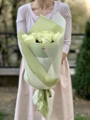 Букет 15 белых роз - заказ и доставка цветов Киев