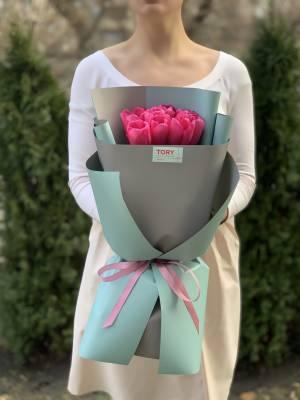 Букет 9 малиновых тюльпанов - заказ и доставка цветов Киев