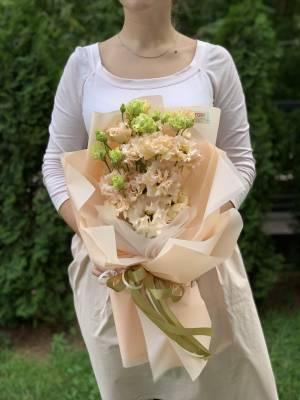 Букет 5 пудровых эустом - заказ и доставка цветов Киев