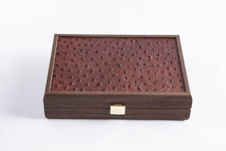 Домино 5,2x2,7x1см в деревянном футляре из темно-серой кожи