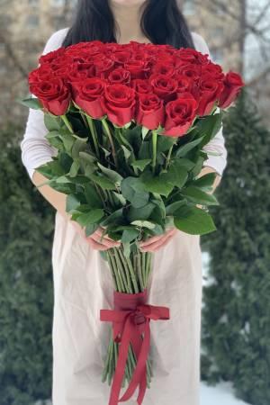 Букет 51 красная импортная роза, 80 см - заказ и доставка цветов Киев