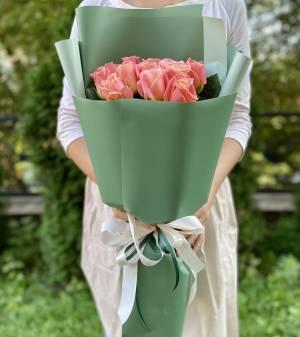 Букет 15 янтарных роз в упаковке - заказ и доставка цветов Киев