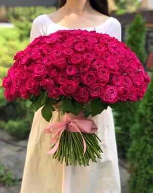 Букет 201 малиновая роза - заказ и доставка цветов Киев