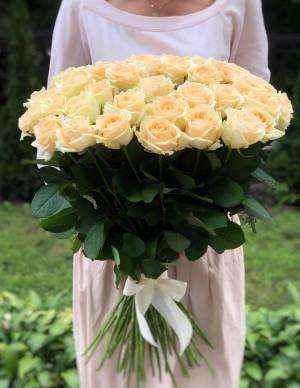 Букет 51 персиковая роза - заказ и доставка цветов Киев