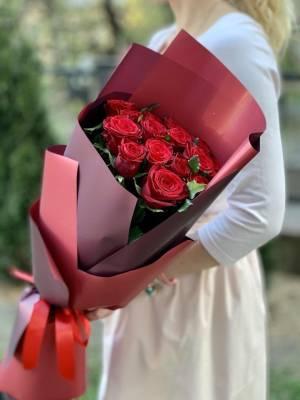 Букет 15 красных роз - заказ и доставка цветов Киев