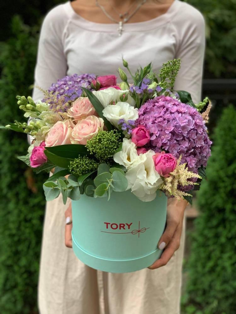"""Цветы в коробке """"Сила любви"""""""