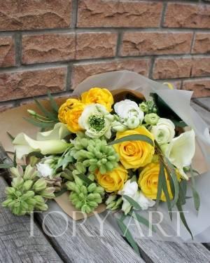 Яркий букет - заказ и доставка цветов Киев