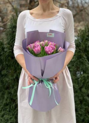 Букет 15 лиловых пионовидных тюльпанов - заказ и доставка цветов Киев