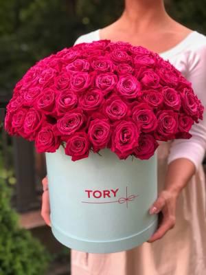 101 Raspberry Roses in a Hat Box - заказ и доставка цветов Киев