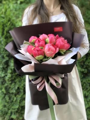 Букет 9 коралловых пионов - заказ и доставка цветов Киев