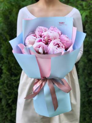 Букет 7 розовых пионов - заказ и доставка цветов Киев