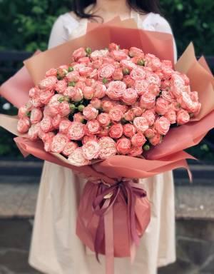 Букет 51 троянда спрей рожева - заказ и доставка цветов Киев
