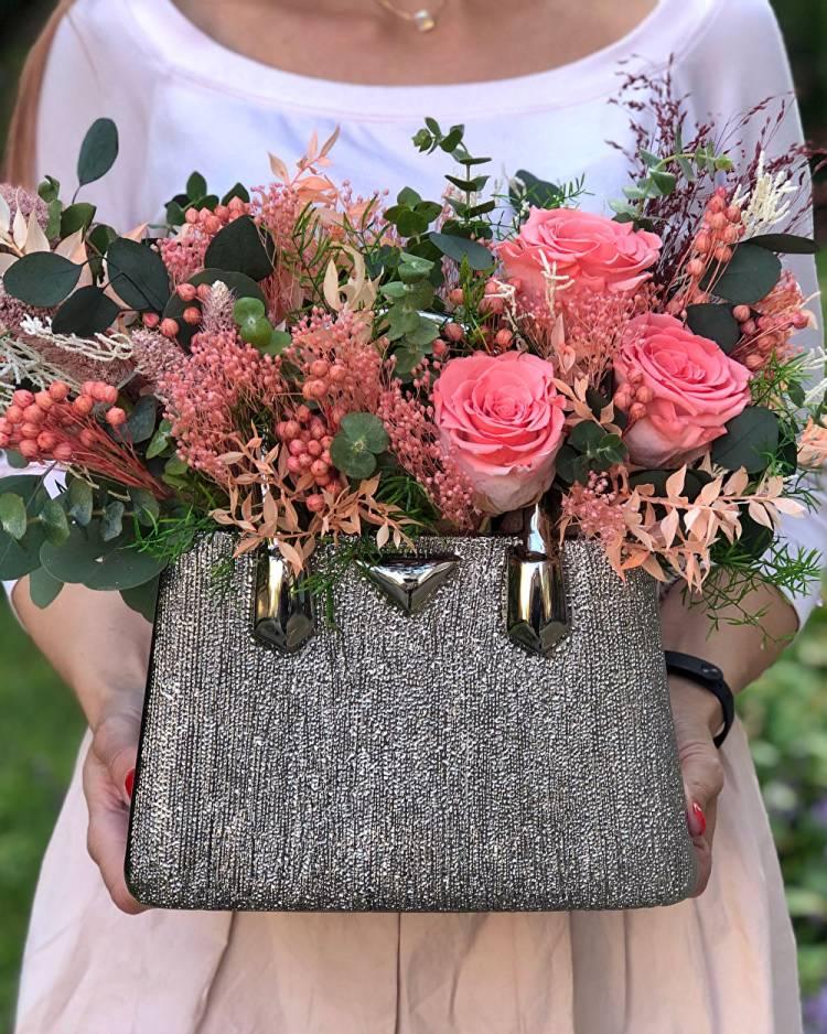 """Цветы в керамической вазе """"Любимая пора"""""""