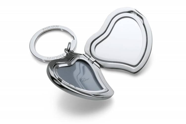 Брелок для ключей с фоторамкой сердце