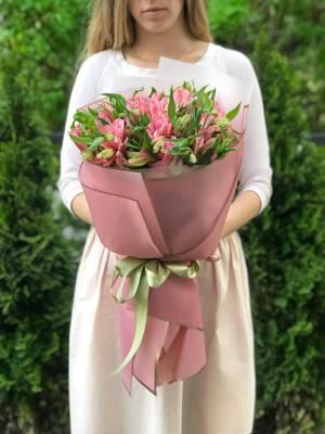 Букет 9 розовых альстромерий - заказ и доставка цветов Киев