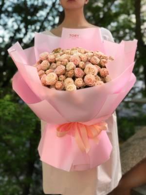 Букет 51 роза спрей кремовая - заказ и доставка цветов Киев