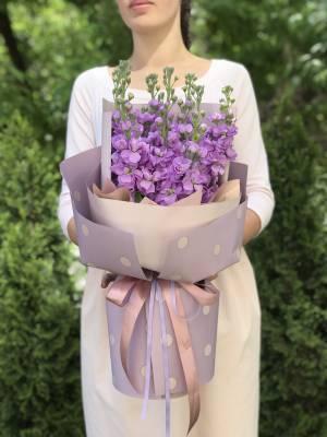Букет 11 лиловых маттиол - заказ и доставка цветов Киев