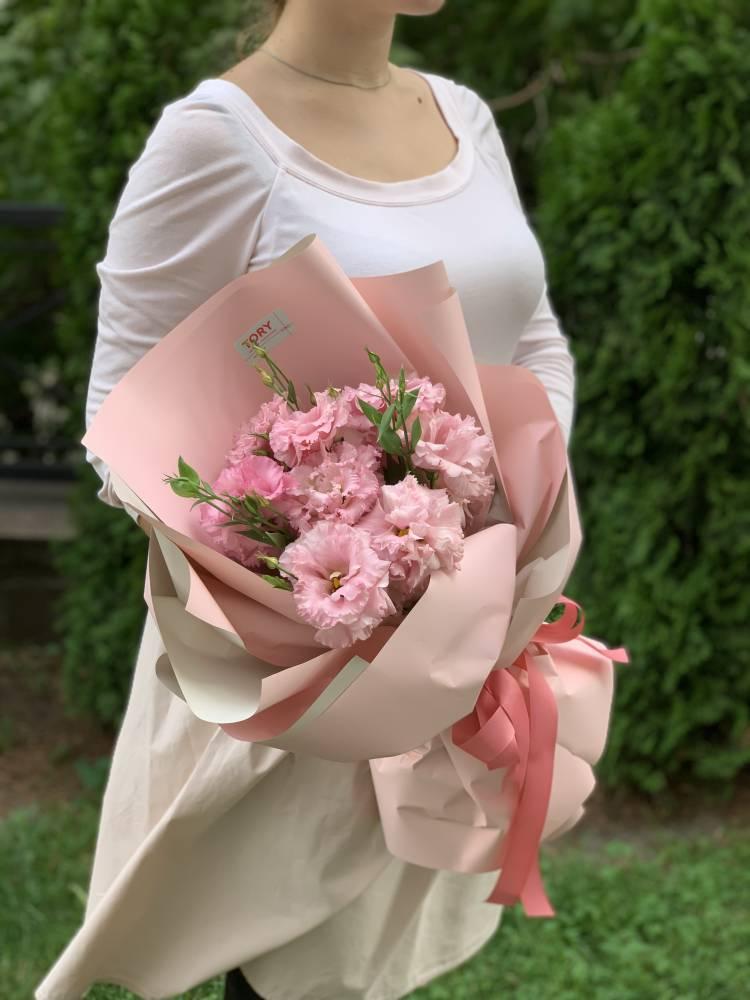 Букет 5 розовых эустом