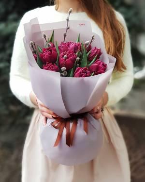Букет 15 фиолетовых пионовидных тюльпанов - заказ и доставка цветов Киев