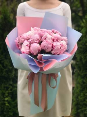 Букет 19 розовых пионов - заказ и доставка цветов Киев