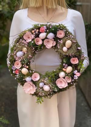 Декоративный пасхальный венок розовый - заказ и доставка цветов Киев